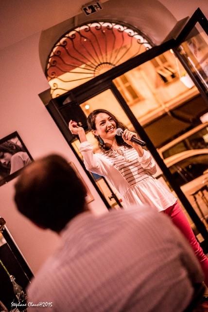 Lea Van Sky live at Chez Pauline in Nice