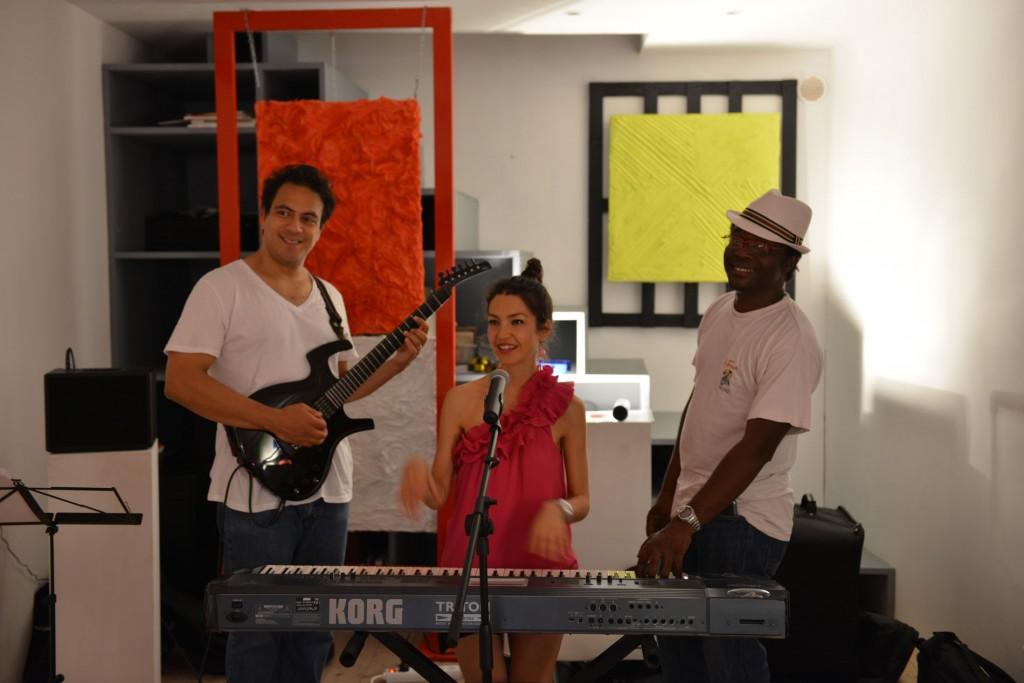 Lea Van Sky in Concert at the Entrepot Gallery, Nice